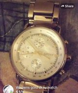 Womens gold dkny watch in Fort Campbell, Kentucky