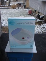 NEW RESTORE STYLE LUXURY FOOT SPA in Chicago, Illinois