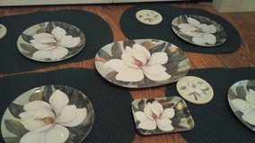 Summertime Magnolia Flowered Complete Table Setting 4 Piece in Plainfield, Illinois