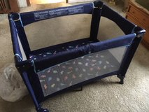 *** COLLAPSIBLE PLAY PEN *** In Very Good Condition in Fort Lewis, Washington