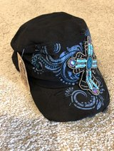 New with tags Women's hat in Conroe, Texas