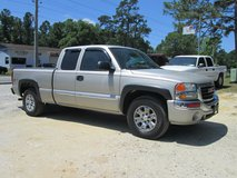 2006 GMC SIERRA 1500 EXT CAB, 4X4, SHORT BED, NICE TRUCK in bookoo, US