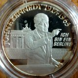 "1993 Germany's Man of the Year John F. Kennedy ""Ich Bin Ein Berliner"" Medallion in Ramstein, Germany"