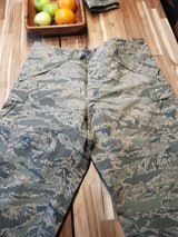ABU Goretex Pants Large-Reg in Ramstein, Germany