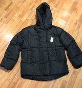 ladies med/large puffy coat NWT in Fort Campbell, Kentucky