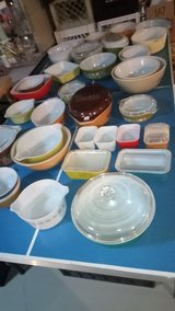 Pyrex Lot of 30 pieces - Sold as a lot / SPECIAL THIS WEEKEND/DEALERS/COLLECTORS in Bartlett, Illinois