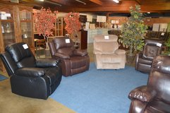 Great Selection Of New Recliners in Tacoma, Washington