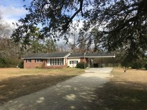Home on 1.82 acres in Camp Lejeune, North Carolina