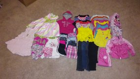 Girls 24 month clothes in Fort Leonard Wood, Missouri