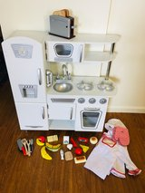 Play kitchen with Melissa and Doug wooden food in Fort Drum, New York