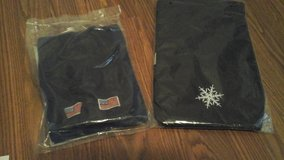 Patriotic scarf &  Snowflake  Print Scraf NEW! Both $5 in Naperville, Illinois
