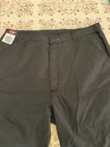 Men's Wrangler Shorts Grey Size 36 New NWT in The Woodlands, Texas