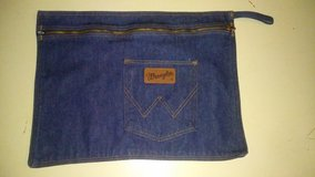 Wrangler denim bag in Spring, Texas