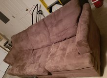 Couch *Good condition* in Camp Lejeune, North Carolina