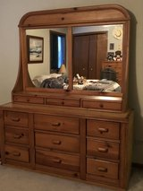 bedroom furniture in Glendale Heights, Illinois