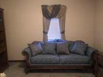 Loveseat and matching chairs in Fort Riley, Kansas