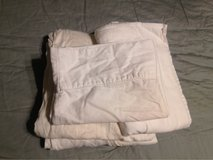 White Twin Sheet Set in Yucca Valley, California