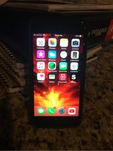 iPhone 6 - 16gb in Glendale Heights, Illinois