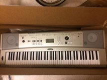 Yamaha Keyboard and stand in Lockport, Illinois