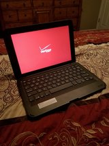 10 inch Verizon Tablet with ZAGG Keyboard in Fort Rucker, Alabama