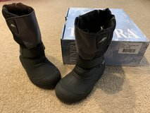 Tundra Quebec winter boots...size 12 in Chicago, Illinois