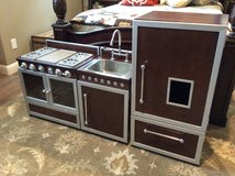 Pottery Barn Child's Play Kitchen - Now Reduced in Conroe, Texas