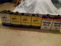 Vintage oil cans with oil buyout in Naperville, Illinois