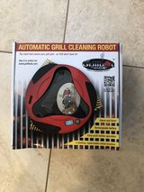 Grill bot in Bolingbrook, Illinois