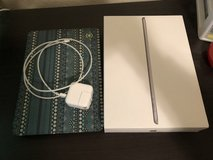 iPad 6th Gen 32Gb WiFi & LTE in Alamogordo, New Mexico