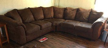 2 pc Sectional Couch in Warner Robins, Georgia