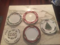 Holiday Dishes China in Hampton, Virginia
