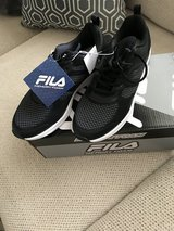Ladies Black Fila Tennis Shoes New in Pasadena, Texas