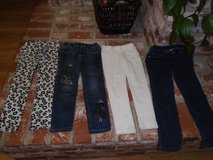 Girls Size 6 pants in Fairfield, California