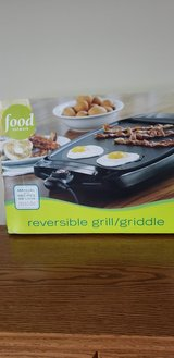 Reversible grill  griddle in Bolingbrook, Illinois