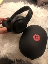 beats studio 3 wireless !! only used once !! good condition in Ramstein, Germany