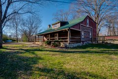 Restored 1800's Log Home in Clarksville, Tennessee