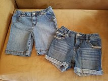 Girls Jean Shorts, Size 6/6X (Adjustable) in Clarksville, Tennessee
