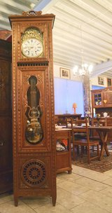 Angel Antiques open on Martin Luther King Day from 12 to 6 pm in Wiesbaden, GE