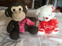 2 Valentines Stuffed Animals in Fort Campbell, Kentucky
