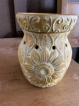 Sunflower Scentsy Candle (large size) in Alamogordo, New Mexico