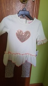 Little lass outfit new in Bolingbrook, Illinois