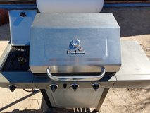 Used Charbroil Three burner BBQ with side burner. in 29 Palms, California