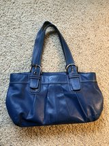 Blue coach purse-like new in Naperville, Illinois