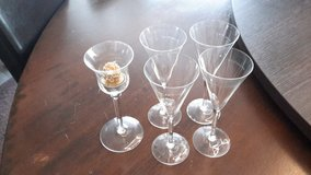 4xChampagne Glass and 1 Candelholder in Ramstein, Germany