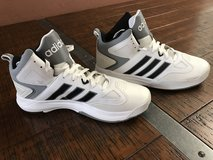 New Adidas Men's Cloudfoam Thunder Mid basketball shoes in Houston, Texas