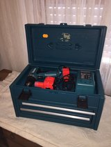 Makita Wireless drill set with bits in Ramstein, Germany