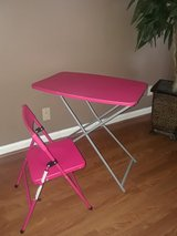 Girl table with chair in Clarksville, Tennessee