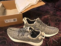 Yeezy 350 Turtle Dove Sz-12 in Fort Riley, Kansas