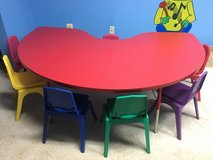 Pre-School Kidney Table with chairs in Quantico, Virginia