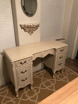 ANTIQUE DESK in Alamogordo, New Mexico